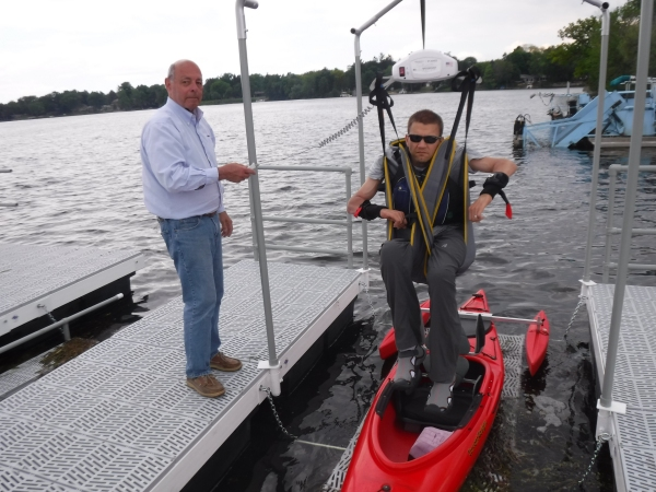 PaddleSafe Adaptive Kayak Lift and Launch